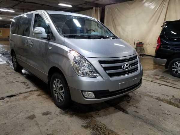 Hyundai Starex, 2016 год, 1 820 000 руб.
