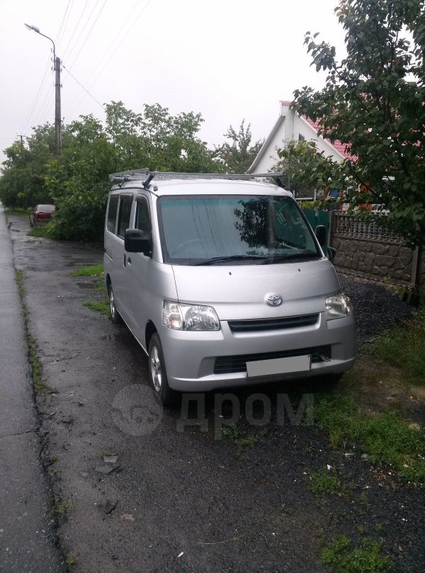 Toyota Town Ace, 2012 год, 700 000 руб.