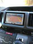 Honda Stepwgn, 2010 год, 797 000 руб.
