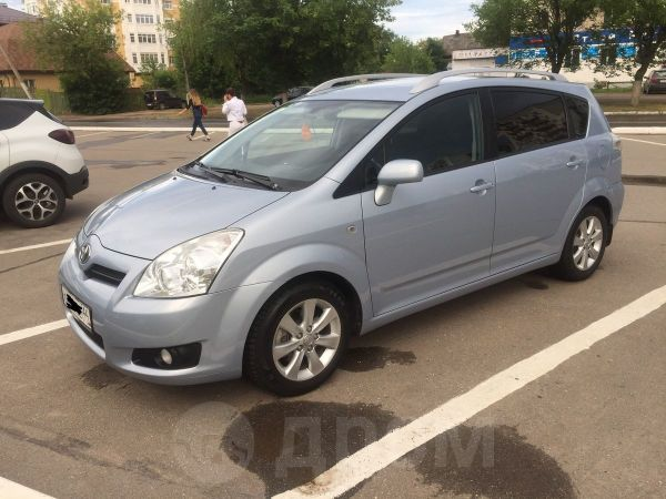 Toyota Corolla Verso, 2008 год, 495 000 руб.