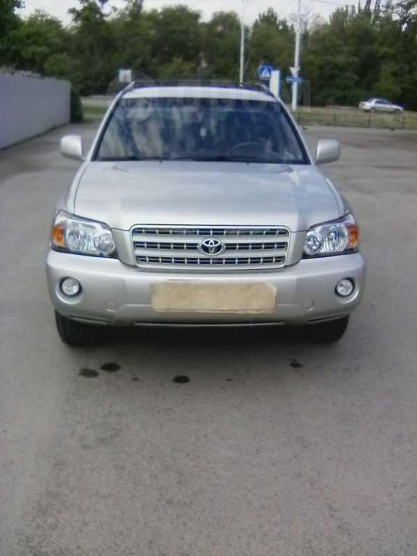 Toyota Highlander, 2003 год, 555 000 руб.