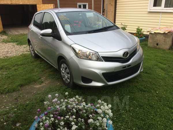 Toyota Vitz, 2013 год, 474 000 руб.