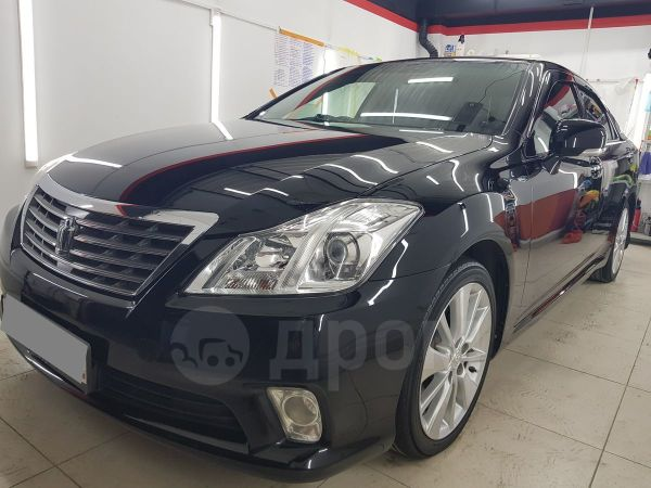 Toyota Crown, 2010 год, 965 000 руб.