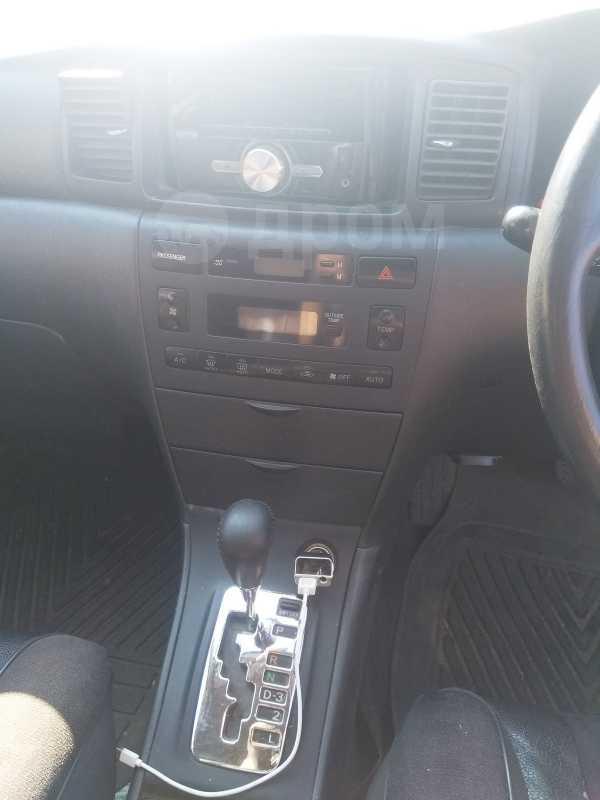 Toyota Corolla Fielder, 2001 год, 365 000 руб.