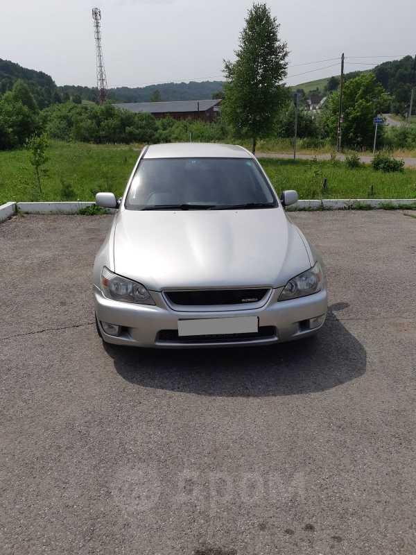Toyota Altezza, 2000 год, 185 000 руб.