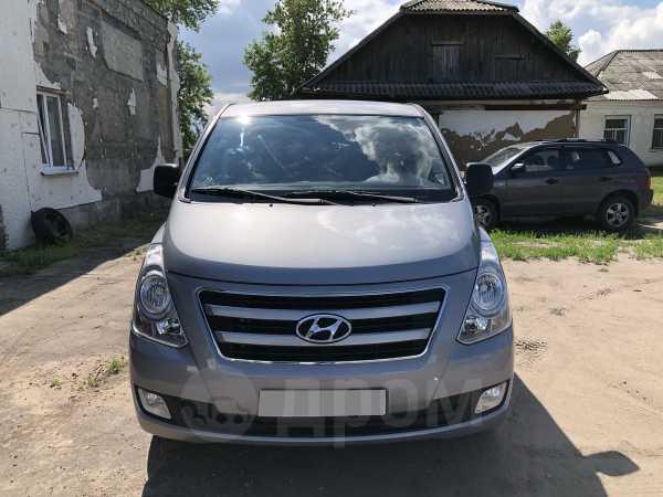 Hyundai H1, 2013 год, 880 000 руб.