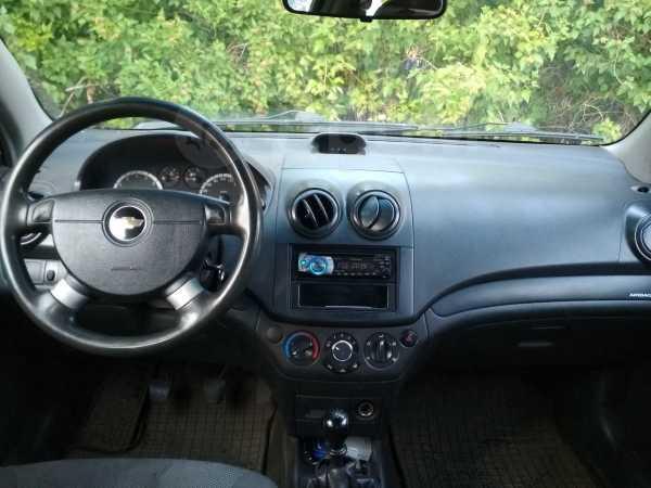Chevrolet Aveo, 2009 год, 175 000 руб.