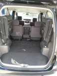 Toyota Voxy, 2003 год, 250 000 руб.