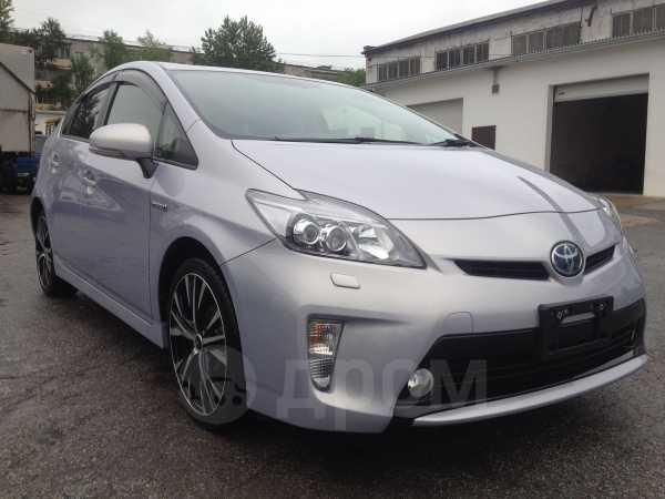 Toyota Prius, 2014 год, 1 035 000 руб.