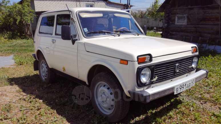 Лада 4x4 2121 Нива, 1996 год, 175 000 руб.