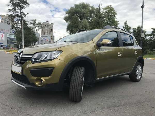 Renault Sandero Stepway, 2015 год, 620 000 руб.