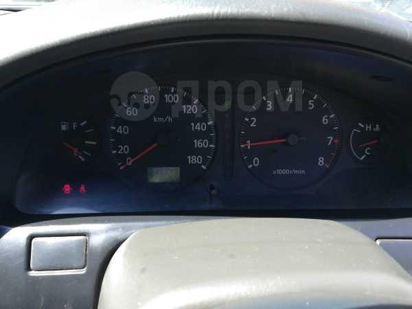 Nissan Cefiro, 2000 год, 120 000 руб.