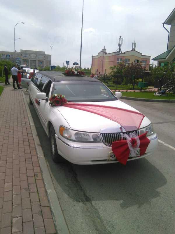 Lincoln Town Car, 1999 год, 450 000 руб.