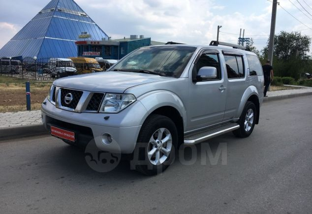 Nissan Pathfinder, 2008 год, 830 000 руб.