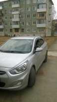 Hyundai Solaris, 2011 год, 335 000 руб.