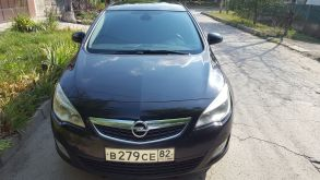 Opel Astra, 2010 г., Симферополь