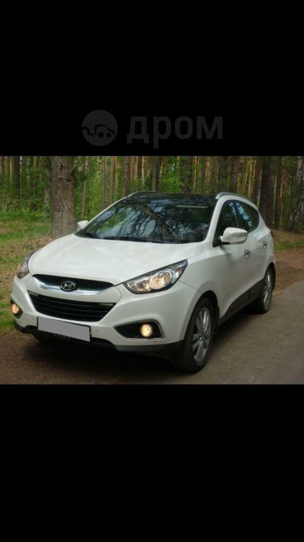 Hyundai ix35, 2012 год, 999 999 руб.