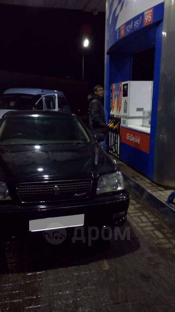 Toyota Crown, 2002 год, 399 000 руб.