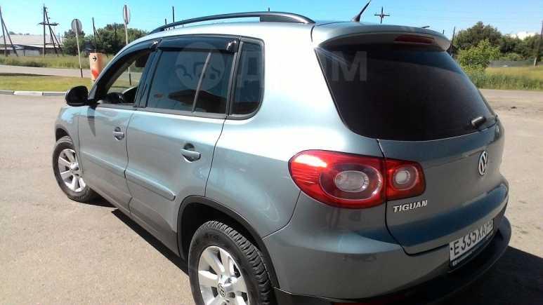 Volkswagen Tiguan, 2008 год, 640 000 руб.