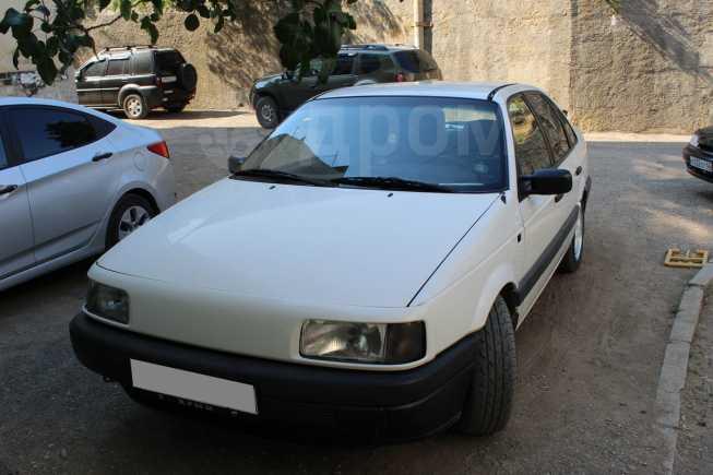 Volkswagen Passat, 1991 год, 135 000 руб.