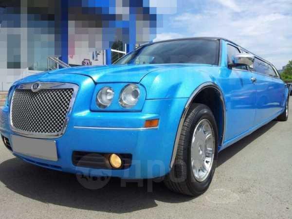 Chrysler 300C, 2005 год, 600 000 руб.