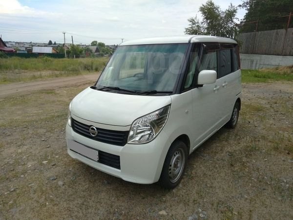 Nissan Roox, 2010 год, 330 000 руб.
