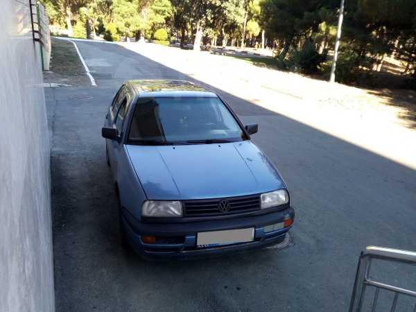 Volkswagen Vento, 1993 год, 90 000 руб.