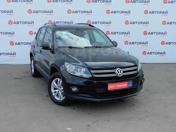 Volkswagen Tiguan, 2014 год, 829 000 руб.