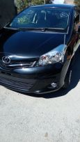 Toyota Vitz, 2012 год, 560 000 руб.