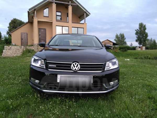 Volkswagen Passat, 2012 год, 830 000 руб.