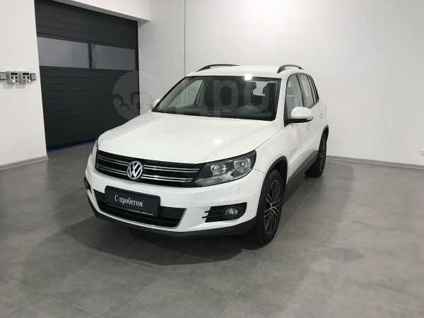 Volkswagen Tiguan, 2013 год, 677 000 руб.