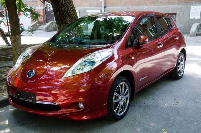 Nissan Leaf, 2012 год, 675 000 руб.