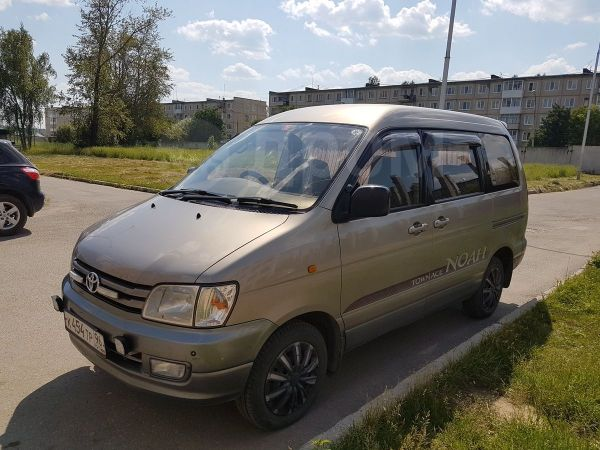 Toyota Town Ace Noah, 1997 год, 370 000 руб.