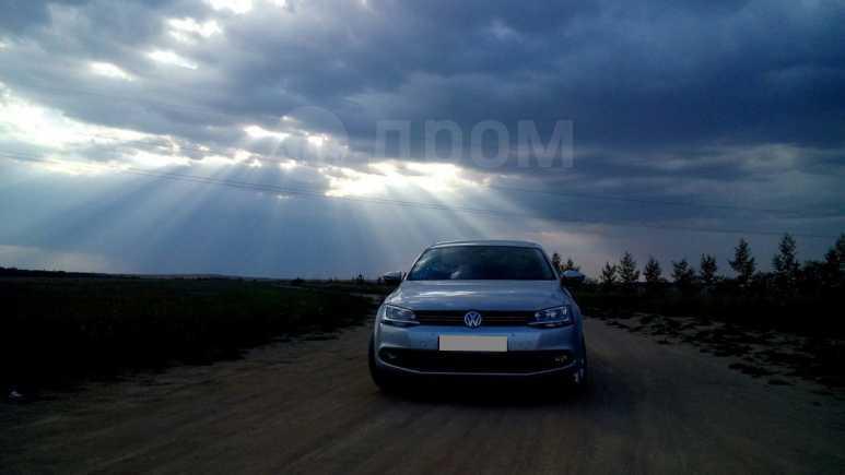 Volkswagen Jetta, 2014 год, 700 000 руб.