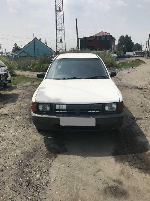 Nissan AD, 1999 год, 99 000 руб.