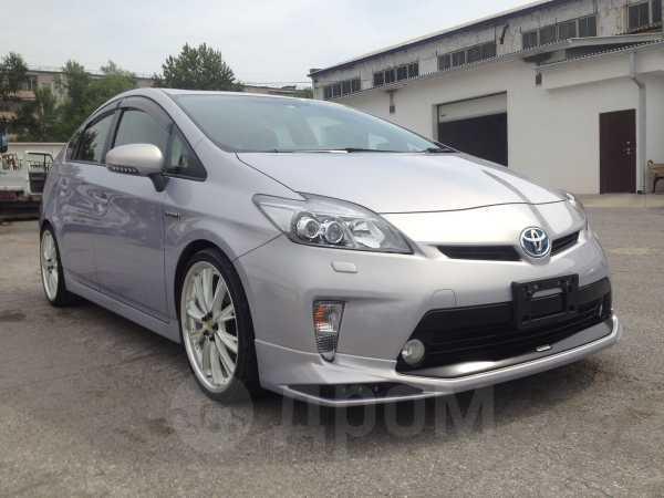 Toyota Prius, 2014 год, 1 025 000 руб.