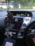 Toyota Prius a, 2013 год, 900 000 руб.