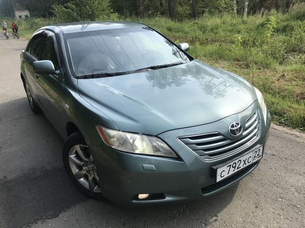 Toyota Camry, 2006 год, 677 000 руб.