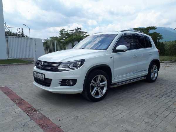 Volkswagen Tiguan, 2014 год, 1 299 000 руб.
