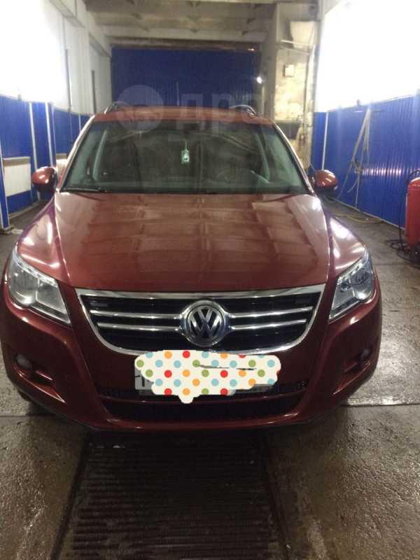 Volkswagen Tiguan, 2011 год, 625 000 руб.