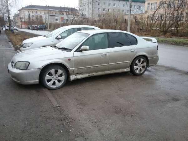 Subaru Legacy B4, 2001 год, 210 000 руб.