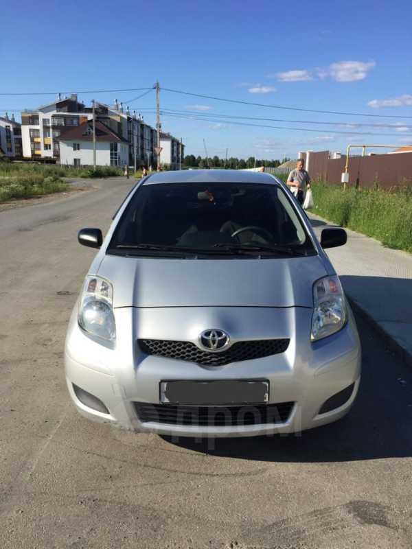 Toyota Yaris, 2009 год, 330 000 руб.