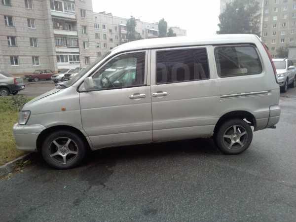 Toyota Town Ace Noah, 1999 год, 200 000 руб.