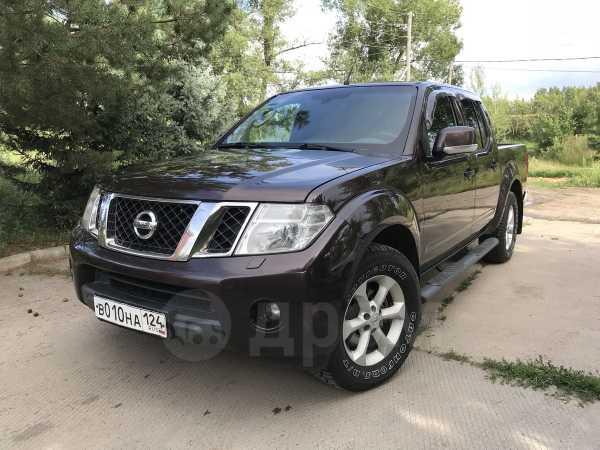 Nissan Navara, 2012 год, 900 000 руб.