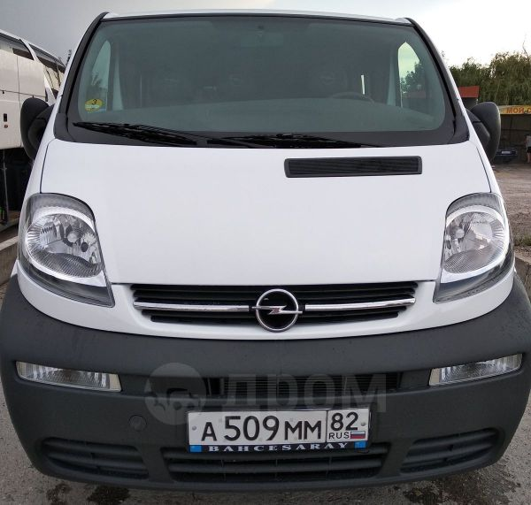 Opel Vivaro, 2004 год, 620 000 руб.