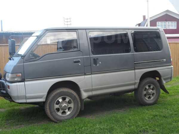 Mitsubishi Delica, 1992 год, 325 000 руб.