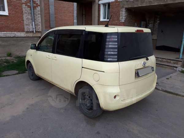Toyota Sienta, 2003 год, 295 000 руб.