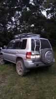 Mitsubishi Pajero iO, 2003 год, 420 000 руб.