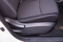 Электропривод передних сидений: нет