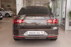 Volkswagen Passat 2.0 TDI DSG Highline (01.2017)